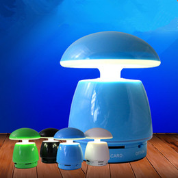 Promotion boîte de haut-parleur de radio Mushroom Bluetooth Speaker Haut-parleurs portables sans fil Haut-parleur mains libres de voiture Carte SD TF Radio FM Music Player Box pour iPhone Samsung