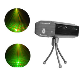 Wholesale Mini Laser Led Stage Projector Strobe flash Holographic Disco party Lighting Light Mini Portable Voice activated Version with tripod