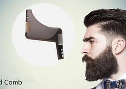 2017 recortar las herramientas de corte New Beard Shaper Pelo Facial Creación de la herramienta peine Gentleman Beard Trim Bigote Plantilla Corte de pelo recortar las herramientas de corte oferta
