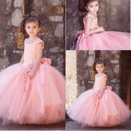 Modest Boho Flower Girls Dresses 2017 Cute Applique Jewel Neck Backless Ruffled Little Toddler Ball Gowns for Bohemian Weddings