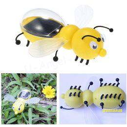 2017 juguete educativo de abeja Venta al por mayor-1pcs juguetes solares de juguete lindo de energía solar de la abeja de energía robó juguetes para niños juguetes educativos de desarrollo de inteligencia de niños al por mayor juguete educativo de abeja en venta