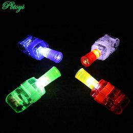 Promotion laser conduit doigts Grossiste-clignotant Led Finger Toy Lumière Toy Finger Lampe 4 Laser Couleur Pour Anniversaire Anniversaire Chistmas Décoration Jouet PC0321