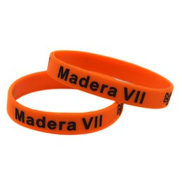 100PCS Lot LOL Madera Silicone Wristband Rubber Bracelet Perfect To Use In Any Benefits Gift For Gamers