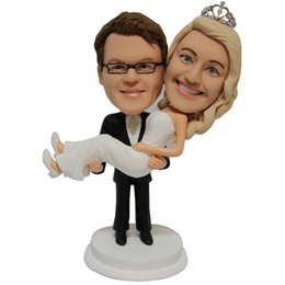 Lovely Romantic Wedding Cake Decoration Couple Figures Personalized Wedding CakeToppers Groom Hold Bride Free Shipping Wedding Gift