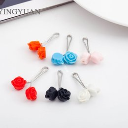 SP45 Fashion candy color flower hijab pins brooches for women classic broches simple hijab pins pearl brooches libelula spille