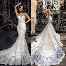 2018 Vintage Mermaid Wedding Dresses Spaghetti Straps Sweep Train Bridal Gowns With Lace Applique Backless Wedding Gowns