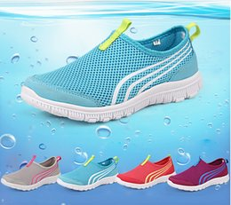 Wholesale New Women Light Sneakers Summer Breathable Mesh Female Running Shoes LadyTrainers Walking Outdoor Sport Comfortable