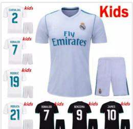 Cheap Thailand kids Real madrid soccer Jersey 17 18 boys youth children RONALDO BALE SERGIO RAMOS ISCO MODRIC football shirt uniform 2018
