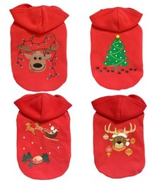 Wholesale Classic Christmas Tree Reindeer Pet Dog Hoodie Outfit Clothes Winter Red Xmas Outerwears Coat For Puppy Dog Apparel