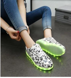 Canada Nice Pop LED Unisex Sneakers Chaussures Chaussures Couple Seven Leading 25-66 USB Rechargeable LED Light Lamp Luminous Lace Shoes supplier pop usb Offre