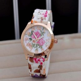 New Geneva Wrist Watch Women Dress Watch Flower Luxury Geneva Watches Silicone Jelly Candy Rose Gold Blossom Quartz Watches Sports Watches