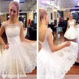 2019 Short Cocktail Party Dresses Pearls Sheer Neck Lace Applique A-line Backless Tulle Mini Prom Formal Dresses Evening Celebrity Gowns