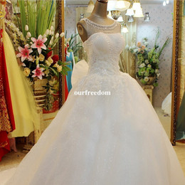 2017 Cheap Real Image A Line Wedding Dresses Jewel Neck Lace Appliques Lace Up Beaded Princess Vintage Garden Country Wedding Bridal Gowns
