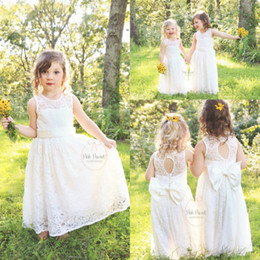 2017 Cute Lace Boho Flower Girl Dresses For Country Garden Weddings Little Girls First Communion Dresses with Bow Sash