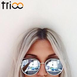 2017 or gros cadres lunettes Vente en gros-TRIOO 2016 lunettes de soleil miroir nouveau plan pour les femmes or lunette métal Cateye ombres lunettes de soleil chic dames été or gros cadres lunettes ventes