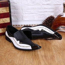 Nueva Primavera Otoño Hombre zapatos de vestir negro, blanco mezclado de color Chaussure Homme Metal
