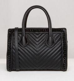 Wholesale New super cattle black twill electric show handbags single shoulder bag