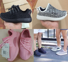 Wholesale best quality kids baby boost shoes sneakers child Running boys girls Kanye west shoes Bag Receipt double Boxes
