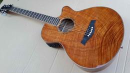 Promotion acoustique de érable flammé Vente en gros-Okoumé flamme érable bois acoustique guitare électrique 2015 nouvelle guitare d'artisanat