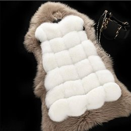 2017 women s faux fur vest 2017 mulheres casaco de inverno casaco morno veste slim casaco de pele de falso casaco de inverno Fox mais tamanho women s faux fur vest vendas