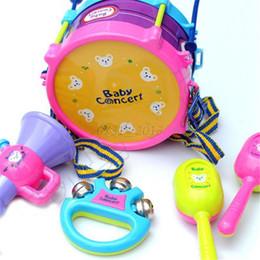 Grossiste- Enfants Drôle Roll Drum Handbell Trumpet Instrument Musical Set Kit Band Enfants Enfants Developmental Toys 5 en 1 à partir de ensembles de batterie fabricateur