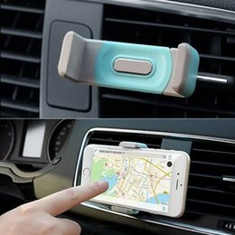 Wholesale suporte celular Automobile air conditioning outlet cellular phone support Car navigator bracket Suitable for a variety