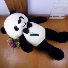 2017 oreillers panda en peluche Dorimytrader Grand 140cm drôle peluche en peluche Cartoon Panda jouet 55 '' gigantesque peluche Panda Pillow Doll cadeau amant cadeau présent DY61544 oreillers panda en peluche autorisation