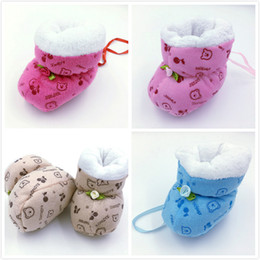 Wholesale Winter Super Keep Warm Infant Toddler First Walkers Shoes Boots Booty Newborn Baby Crib Snow Knitting Cute Cartoon Bear Shoes