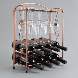 Bouteille de vin vintage / porte-verres 2 en 1 Fer cuivre vin vin d'ours titulaire de stand stand home cuisine barre outils fournisseur usine en gros à partir de supports métalliques pour le verre fournisseurs