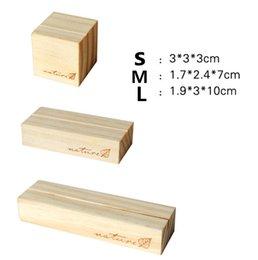 Promotion couleur de titulaire de la carte Le bloc de message en bois vintage de gros-10pcs / lot S / M / L avec le support de carte de clip de support de clip de photo de message de photo de bois / Brown chaud!