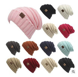 Chunky punto de gorra online-Hombres de las mujeres de los sombreros CC Trendy Warm Oversized Chunky Soft Knit Knit Slouchy Beanie 13 color
