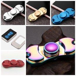 2017 bolas de rodamiento Arco iris EDC mano hilandero Fidget juguetes coloridos frescas Fidget teniendo foco de bolas Tri-spinner de aluminio hilandero de mano KKA1469 bolas de rodamiento baratos