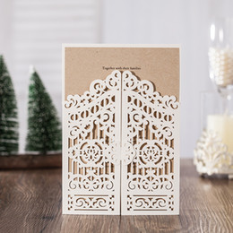 2018 New Wedding Invitation Cards Party Favors Ivory Color with Laser Cut Hollow Flora Envelopes Free Personlized Printable Cards