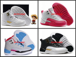 Promotion enfants enfants chaussures ailées Enfants Barons Retro 12 Basketball Chaussures Pas Cher Dynamic Rose Enfants Filles Garçons Wings Playoffs OVO Sports Sneakers Grey University Blue