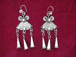 National wind retro earrings handmade Miao earrings personalized female models trumpet