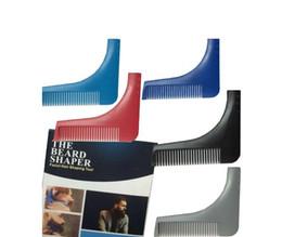 Barba de Bro de la barba de DHL que forma las herramientas La plantilla del ajuste del caballero del hombre del sexo plantilla modelada del ajuste del moldeado del moldeado del pelo desde recortar las herramientas de corte fabricantes