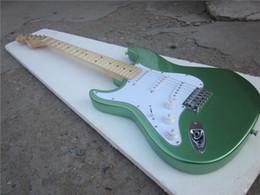 Guitarra de la mano izquierda verde en venta-Guitarra eléctrica de encargo de la fábrica de la guitarra eléctrica 2016 nuevos color verde del st S-S-S guitarra eléctrica de la mano izquierda de las recolecciones / guitarra en China