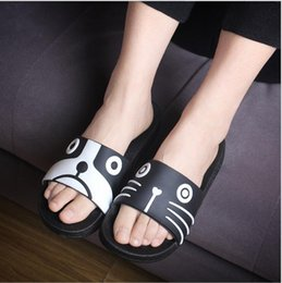 couple shoes barthroom shoes skid resistance flip flops cat women sandal summer slippers
