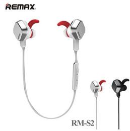 Wholesale Remax RM S2 Casque sans fil de luxe sans fil Bluetooth V4 Casque d étanchéité étanche pour iPhone Samsung avec boîtier de vente au détail
