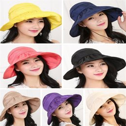 Bonne qualité Femmes Wide Brim Roll Up Vider Top Sun Beach Hat Anti-UV Visers Cap Foldable à partir de fabricateur