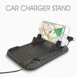 Wholesale Venta al por mayor universal de teléfono celular de montaje en el coche Soporte Stand cargador de coche con cable USB Cable de silicona Cargador Soporte de teléfono titular