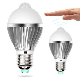 Wholesale E27 W W PIR Montion Sensor LED Bulb with Aluminium Radiator and Milky PC Cover OED IRB W
