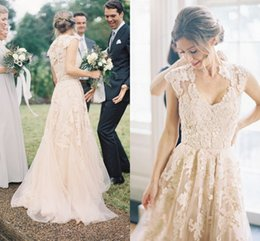 Vintage Full Lace Wedding Dresses A-Line Bohemian Bridal Dresses Flowers Applique Wedding Gown Romantic Forest Bridal Gowns Country Wedding