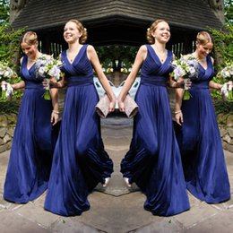 Wholesale Simple Navy V neck Bridesmaid Dresses Elegant Ruched Sleeveless Zipper Chiffon Floor Length Wedding Party Dresses Cheap Pageant Prom Dresses
