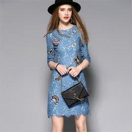 Las mujeres calientes de la venta visten el nuevo cordón del bordado de la manga del vestido del verano 2017 nuevo Un vestido largo medio del vestido de la mariposa del dressEmbroidered desde vestidos de verano de la manga medio proveedores