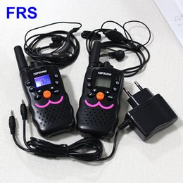 Mini Pair Walkie Talkies 22 Channels Radio Transceiver FRS GMRS 462-467mhz CB 2 Way Radios with Earphone Charger