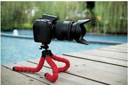Descuento soportes de cámaras digitales Venta al por mayor-2016 NUEVO soporte flexible universal del trípode de las cámaras digitales del pulpo mini, ayuda de la exhibición del soporte del soporte para el teléfono elegante de la célula