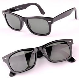 Una visión superior en Línea-Las gafas de sol de calidad superior UV400 de las mujeres de los hombres de las gafas de sol de la bisagra del metal diseñan las gafas de sol UV400 con el tamaño original de la caja 50 / 54mm del paquete