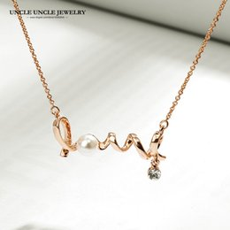 Rose Gold Color Love Letter Design Simulated Pearl Lady Pendant Necklace Wholesale