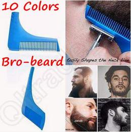 Descuento recortar las herramientas de corte 10 colores Barba Bro barba que forma la herramienta para las líneas perfectas Trimmer del pelo para los hombres Plantilla del corte Hair Cut Gentleman que modela el peine CCA5088 100ps